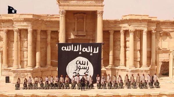 IŞİD Palmira'da Roma Antik Tiyatrosu'nun bir bölümünü yok etti