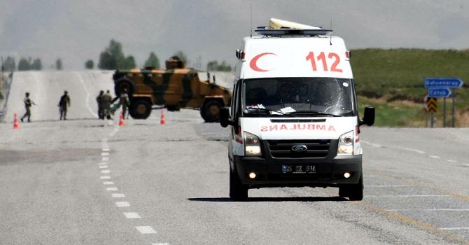 Şiddetli çatışma: 2 asker şehit, 4 asker yaralı