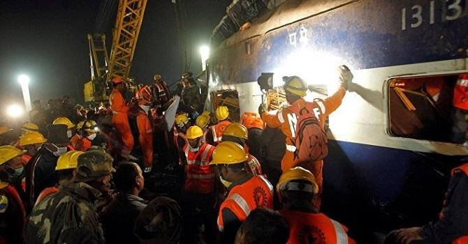 Tren kazası: 36 ölü, 100 yaralı