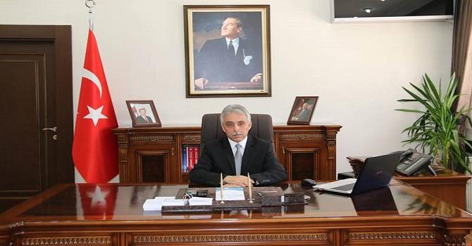 Vali Toprak, çalışan gazeteciler gününü kutladı!