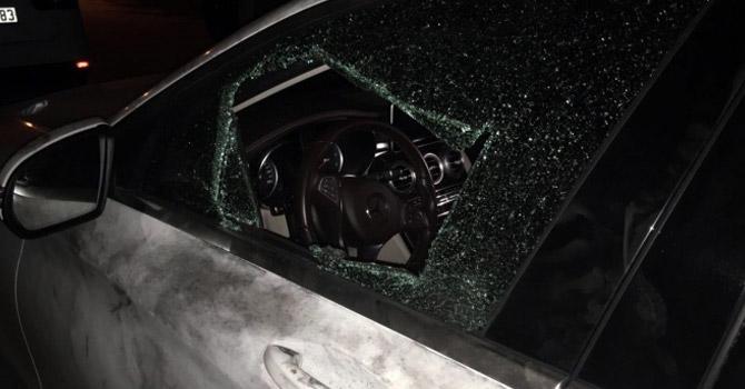Ak Parti'li İlçe Başkanının aracına saldırı