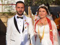 Hakkarili tiyatrocu Ertunç'un mutlu günü