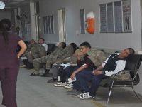 70 asker yedikleri yemekten zehirlendi