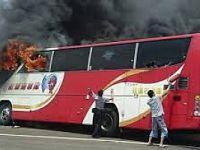 Yolcu otobüsü yandı: 52 kişi hayatını kaybetti