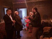 Ak Parti yangın mağduru aileyi ziyaret etti