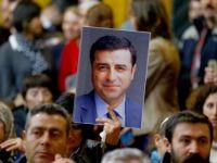 Demirtaş: Öcalan'ın talimatını bize bakan getirdi