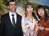Yüksekova'da Çinli geline Kürt düğünü