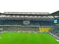 Kadıköy karıştı, derbi yarıda kaldı: Maç tatil edildi