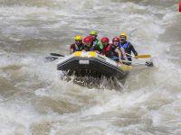 Zap Suyunda Rafting Coşkusu Başlıyor