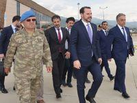 Bakan Albayrak, Çukurca'daki petrol sondaj çalışmasını inceledi