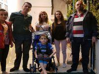 Hakkari'de Engelli Çocuğa Tekerlekli Sandalye