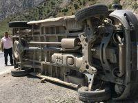 Hakkari'de kaza: 9 kişi yaralandı