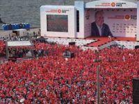 İnce, İzmir'de yüz binlere seslendi