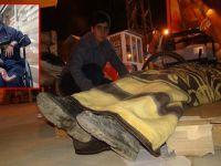 Yüksekova'da sahipsiz bırakılan engelli genç sokakta yatıyor