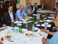 CHP Mersin milletvekili Cengiz Gökçel Hakkari'de