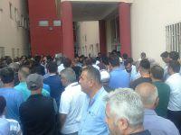 Hakkari'de Traktör devrildi: 1 ölü