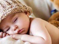 Bilim insanları en zararlı uyku pozisyonlarını açıkladı