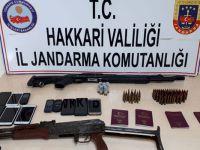 Hakkari, Van ve Malatya'da 10 kişi gözaltına alındı