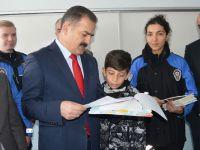 Hakkari'de 70 bin 674 öğrenci karne aldı! FOTO GALERİ