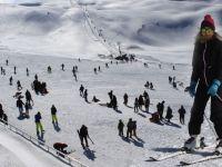 Hakkari'deki Kayak Merkezine Hafta Sonu Akını