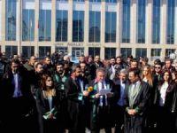 65 barodan açıklama: Van Barosu'nun yanındayız