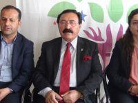 HDP'li Eski vekil Esat Canan AK Parti'den sonra HDP'yi ziyaret etti