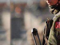 Hakkari'de üs bölgesine saldırı: 1 asker şehit!