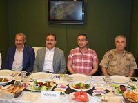 Durankaya Belediyesinden protokole iftar yemeği