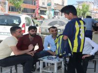 """""""Fener ol"""" kampanyasına bir destek de Yüksekovalı Civan'dan"""