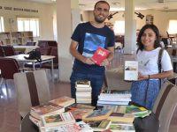 Yüksekova'da kitap kampanyasına destek sürüyor