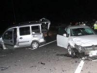 Elazığ'da iki araç çarpıştı: 5 yaralı