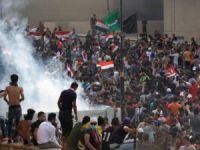Irak'ta en az 19 kişinin öldüğü gösterilerde halk ne istiyor?