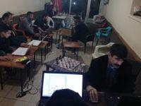 Van'ın Bahçesaray ilçesindeki online satranç turnuvasına büyük ilgi