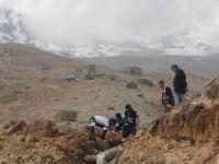 Hakkari'de eski su hatları tarihe karıştı