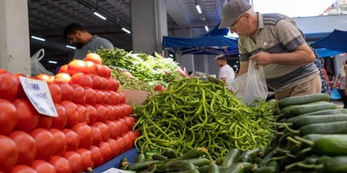 Enflasyon Kasım'da tekrar çift hanede