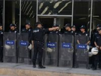 Van'da HDP'li üç belediye eşbaşkanı tutuklandı