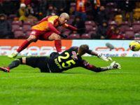 Galatasaray Antalyaspor'a acımadı: 5-0