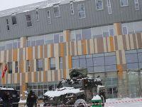Van'da hastane girişindeki çatı çöktü: 9 yaralı