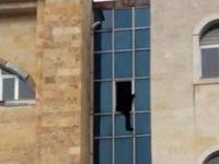 Bir kişi Cizre kaymakamlık binasında intihar etti