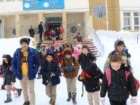 Hakkari ve Yüksekova'da okullar tatil edildi
