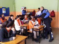 Hakkari'de gençlere polislik mesleği tanıtıldı!