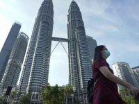 Malezya kabinesi iki aylık maaşlarını Covid-19 ile mücadeleye bağışladı