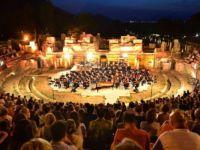 Uluslararası İzmir Festivali ertelendi