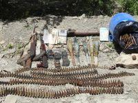 Kırıkdağ köyü kırsalında silah ve mühimmat ele geçirildi