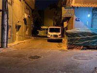 Sokakta yürüyen gruba silahlı saldırı: 1 ölü, 2 yaralı