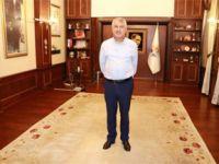 Adana Büyükşehir Belediye Başkanı'nın odasındaki eşyalara icra konuldu