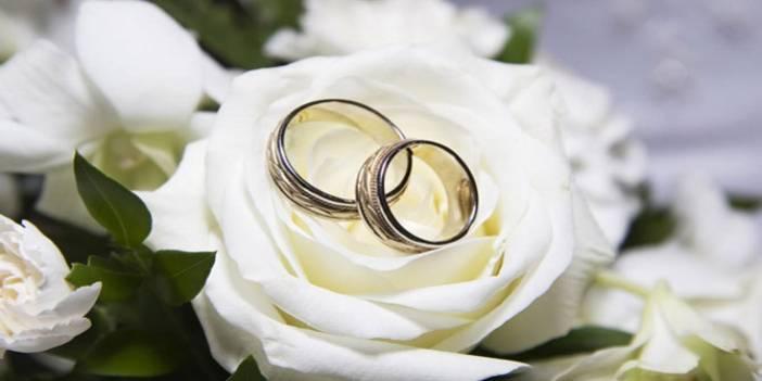 Gençlere set, evliliğe ret