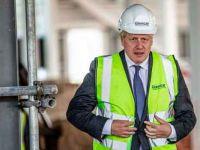 Boris Johnson: İngiltere koronavirüs salgınında ikinci dalgayı yaşıyor