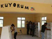 Gençler kendi imkanlarıyla köye kütüphane kurdu