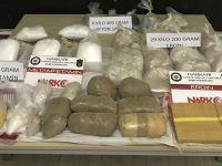 Hakkari'de 165 kilo 942 gram uyuşturucu ele geçirildi